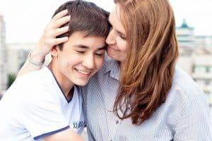 טיפים לתקשורת טובה עם המתבגר שלכם