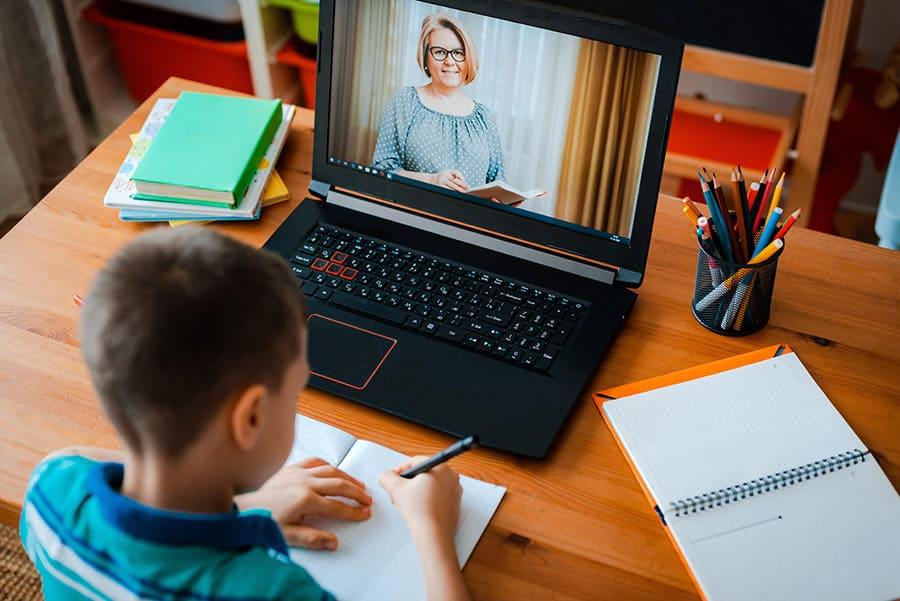 למידה מרחוק של ילדכם – טיפים להורים שנכנסים ללחץ